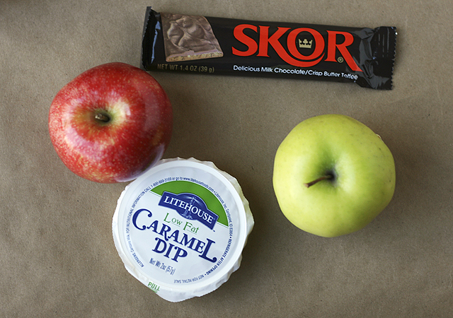 what to put in caramel apple jar