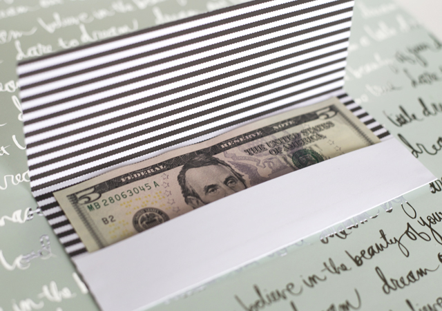 money-gift-for-grads-card
