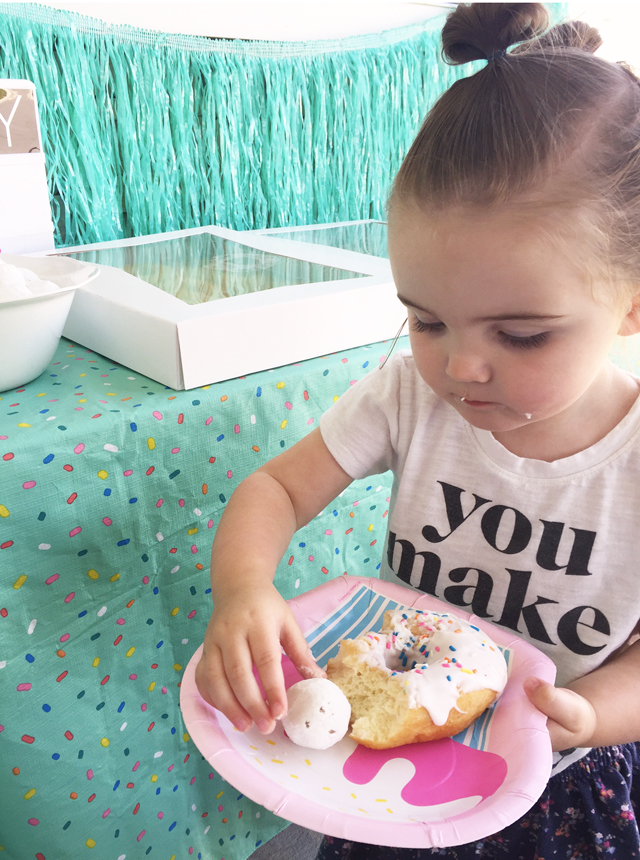 http://sisterssuitcaseblog.com/wp-content/uploads/2016/06/Donut-party.jpg