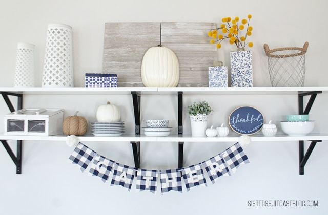 farmhouse-thanksgiving-decor