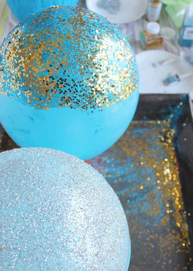 Glitter Balloon Tutorial My Sister S Suitcase Packed