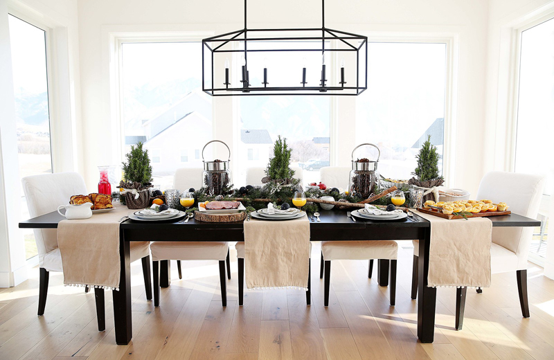 Christmas Table Scape Ideas.Christmas Brunch Tablescape Ideas My Sister S Suitcase