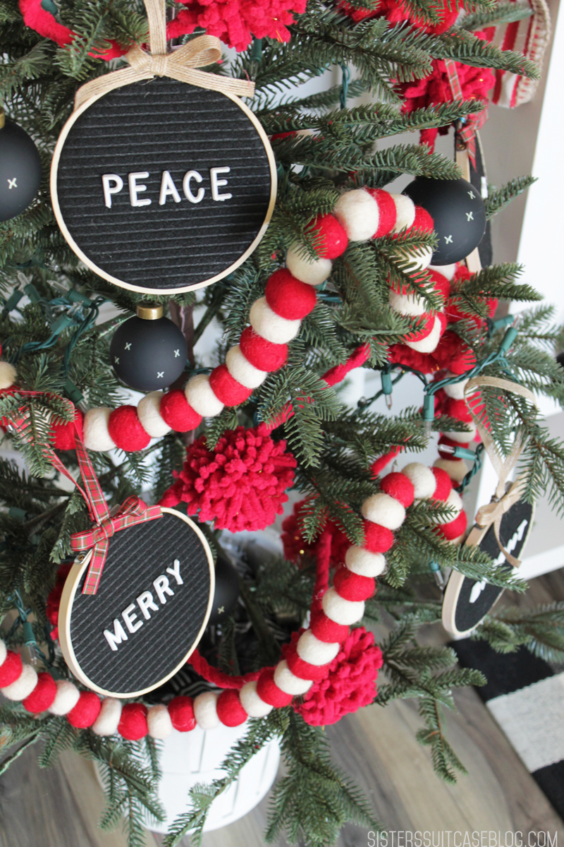 Letter board ornaments_tree