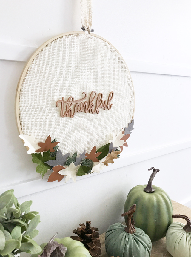 thanksgiving embroidery hoop wreath