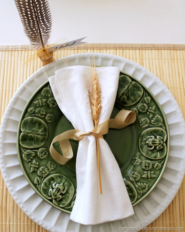 wheat + white napkin table setting