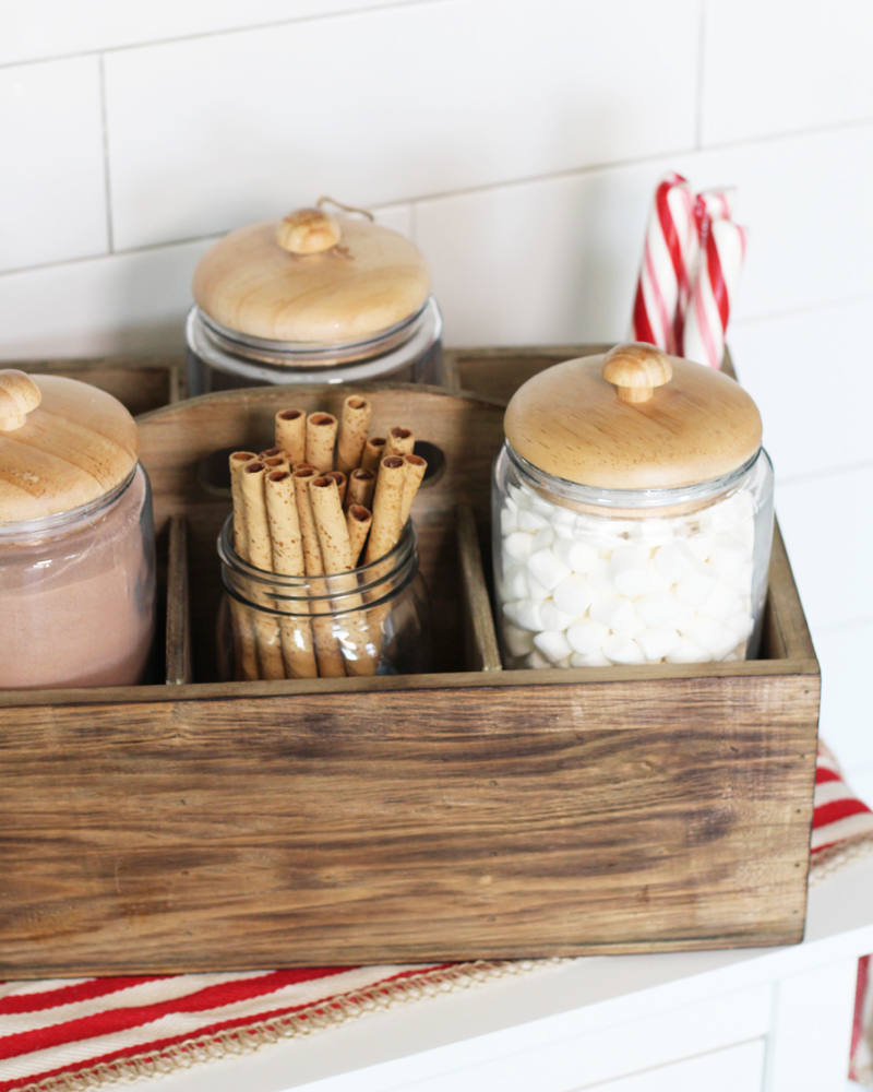 wooden caddy_hot chocolate toppings