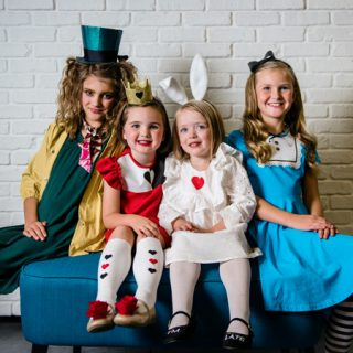 No-Sew Alice in Wonderland Costumes